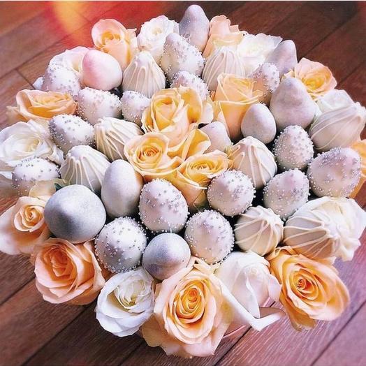 Сладкий клубничные букет «Серебрянный»: букеты цветов на заказ Flowwow