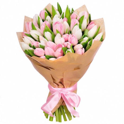 Букет из 51 бело-розового букета: букеты цветов на заказ Flowwow