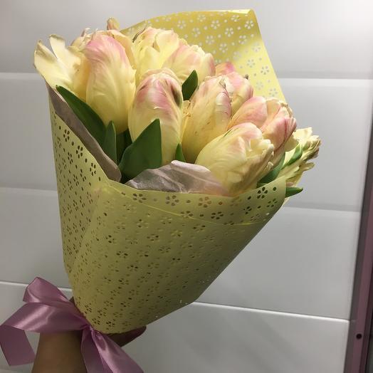Букет с тюльпанами: букеты цветов на заказ Flowwow