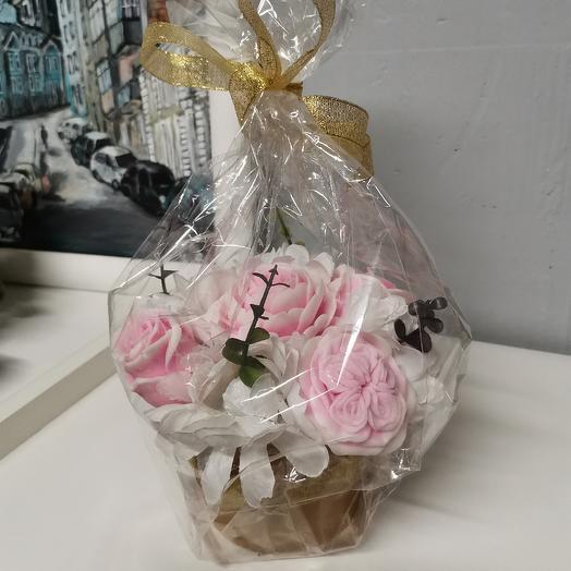 Композиция с мыльными розами размер s: букеты цветов на заказ Flowwow