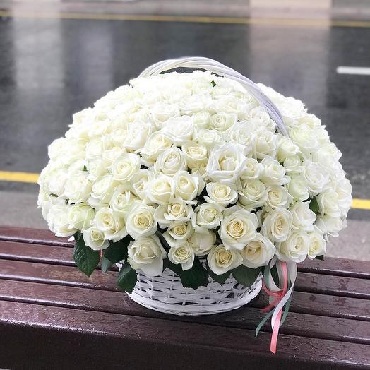 Роза в корзину: букеты цветов на заказ Flowwow
