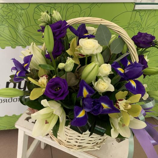 Basket of Lily and iris