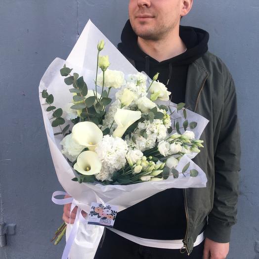 White: букеты цветов на заказ Flowwow