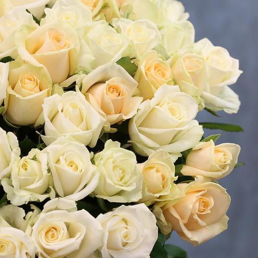 51 роза нежный микс 50-60 см (Россия) под атласную ленту