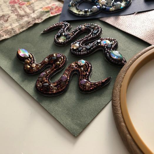 Брошь Змея