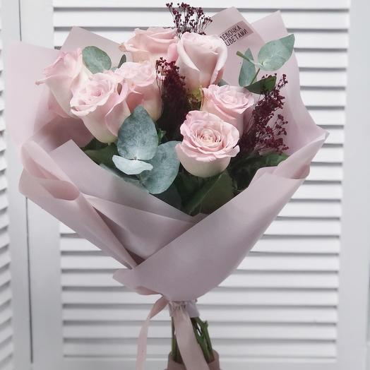 Букет из розы Мента с сухоцветами и веточками эвкалипта