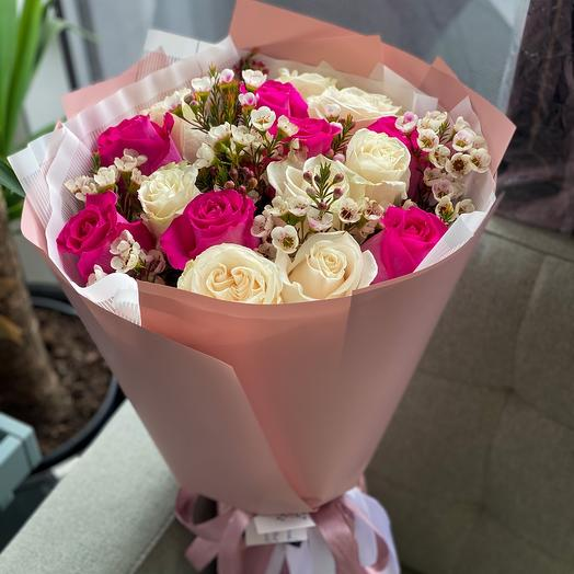 Bouquet of 15 roses Ecuador with wax
