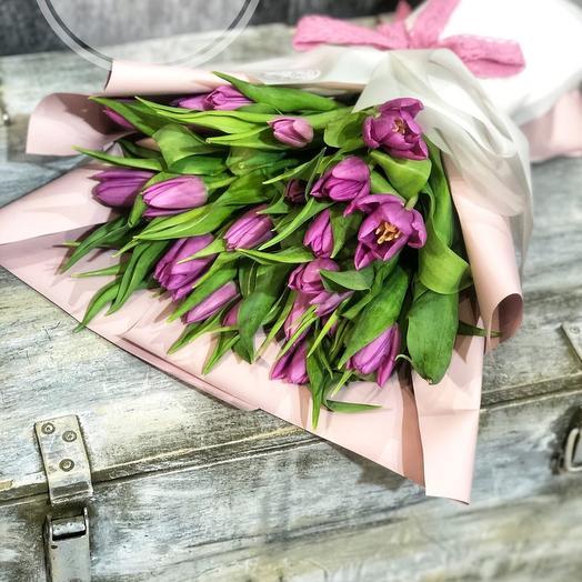 21 тюльпан в оформлении