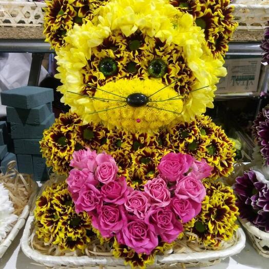 """Игрушки из живых цветов """"Медвежонок с сердцем"""""""