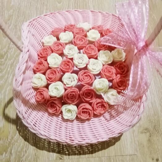 Букет из 41 шоколадной розы