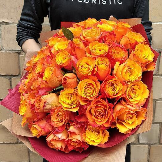 Букет из 25 оранжевых роз Кения