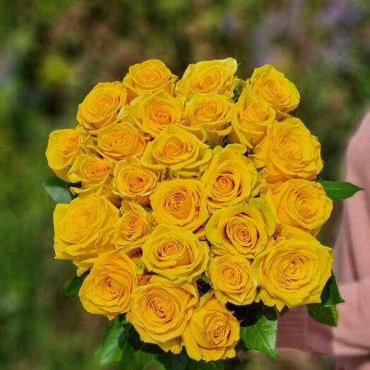 Роза Эквадор 40 см 25 шт
