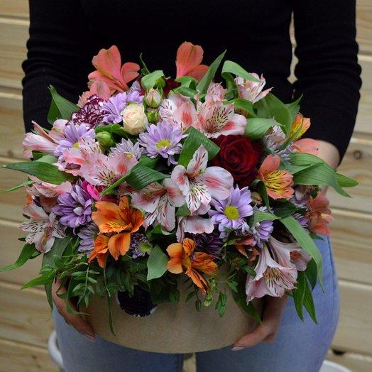 Цветочная коробка: букеты цветов на заказ Flowwow