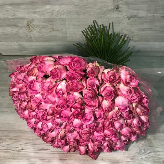Букет из 151 розовой местной розы 60 см: букеты цветов на заказ Flowwow