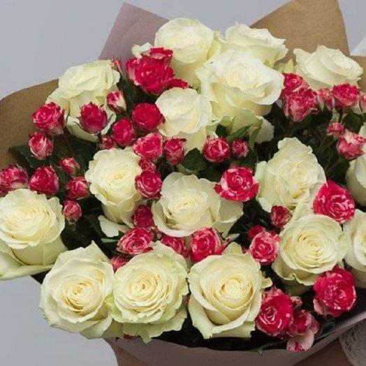 Роза в крафте: букеты цветов на заказ Flowwow