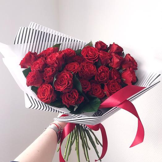 25 роз 50 см с оформлением: букеты цветов на заказ Flowwow