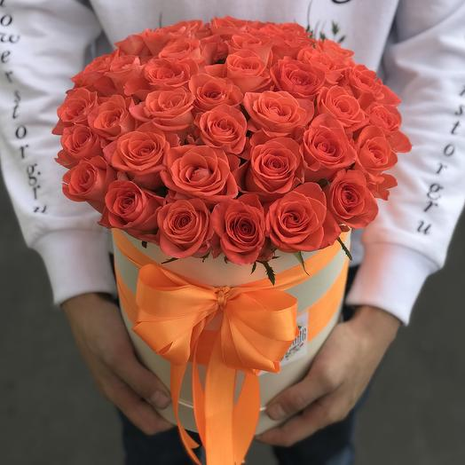 Коробки с цветами. Оранжевая роза 29 шт. N249: букеты цветов на заказ Flowwow