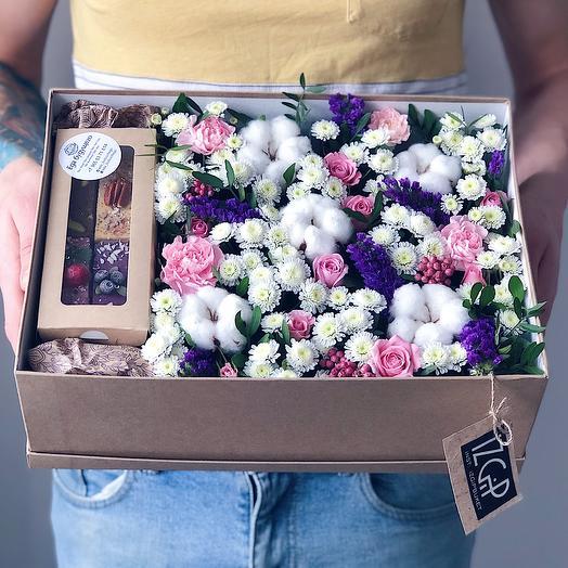 Box 1 Большой 1: букеты цветов на заказ Flowwow