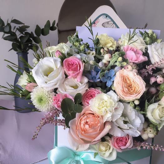 Нежный весенний конвертик с цветами: букеты цветов на заказ Flowwow
