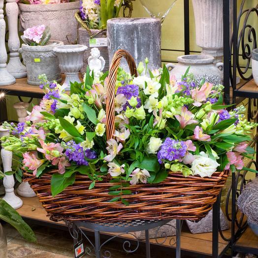"""Корзина цветов """"Пастельные тона"""": букеты цветов на заказ Flowwow"""