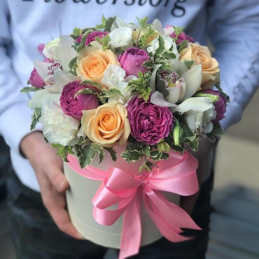 Коробки с цветами. Коробка микс. N415: букеты цветов на заказ Flowwow