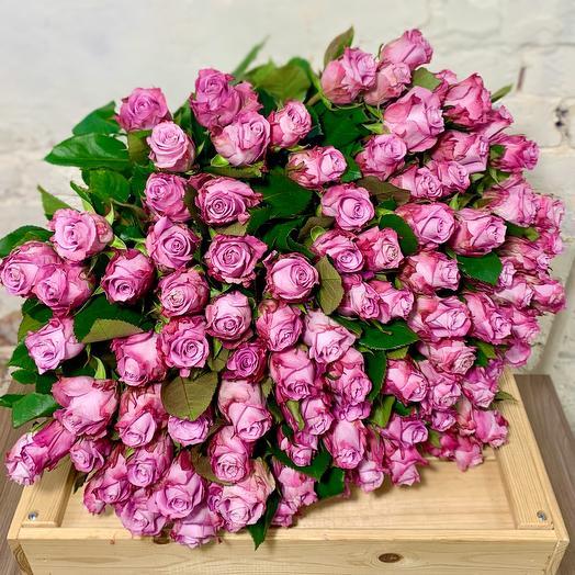 Букет из 101 сиреневой кенийской розы: букеты цветов на заказ Flowwow