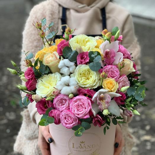 Цветы в коробке 204