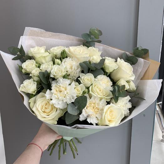 Фисташковый: букеты цветов на заказ Flowwow