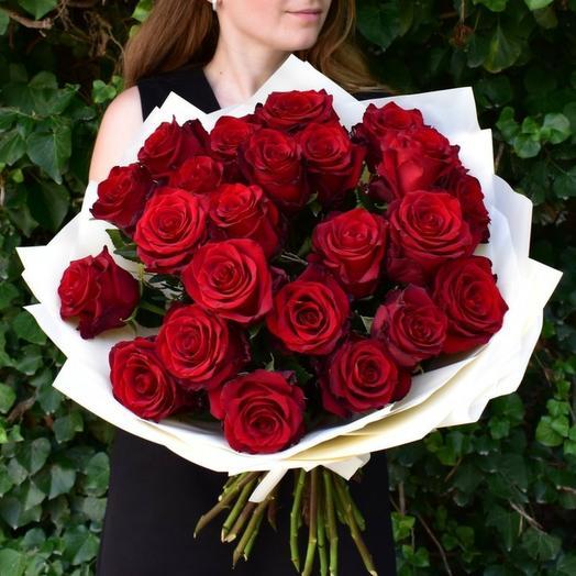 Красные розы 36