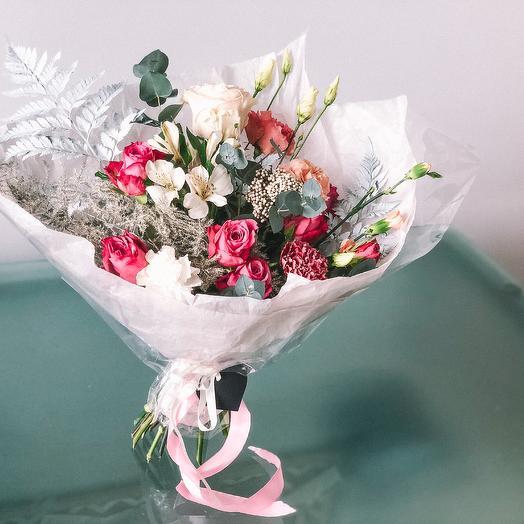 Букет Ко дню Влюбленных: букеты цветов на заказ Flowwow