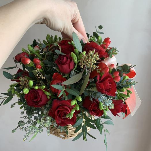 Цветочное лукошко: букеты цветов на заказ Flowwow