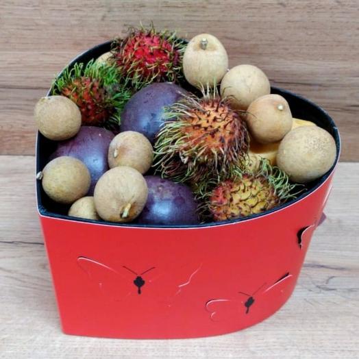 Ассорти Бабочка (2,5 кг): букеты цветов на заказ Flowwow