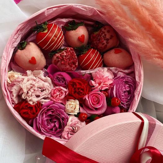 Клубника в шоколаде и Цветы