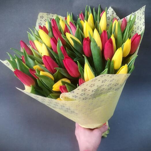 Букет микс 51 тюльпан