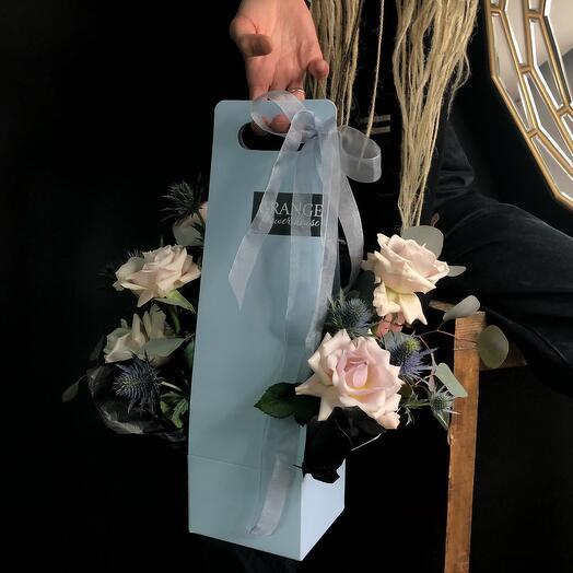 Цветы в коробке (сумочка)