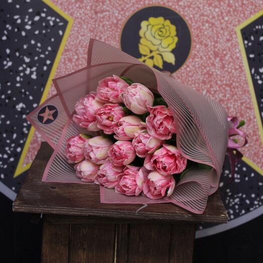15 пионовидных тюльпанов. Foxtrot