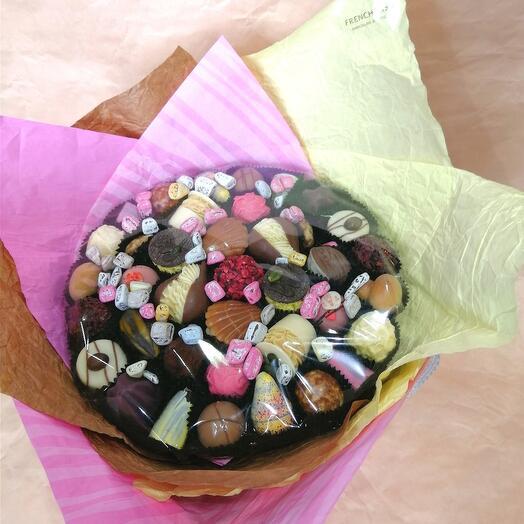 Букет из конфет ручной работы FRENCH KISS SPB 010602