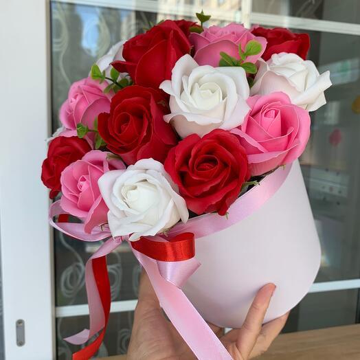 Букет роз на мыльной основе