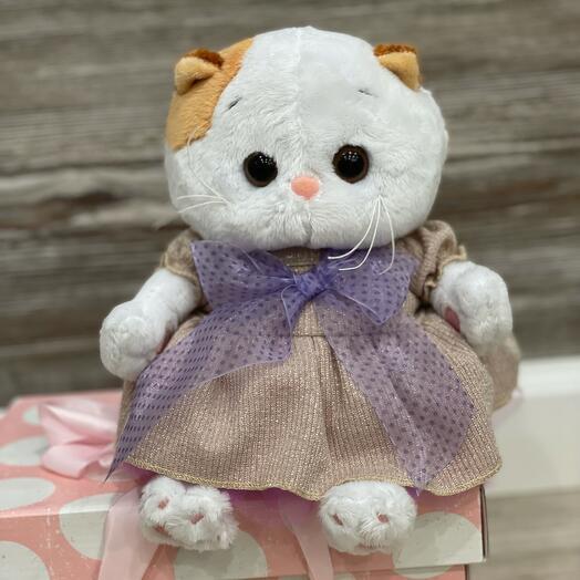 Кошечка Ли Ли