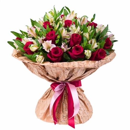 Букет Розы с Альстромерией