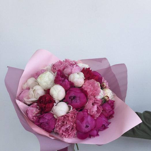Букет из 33 пионов: букеты цветов на заказ Flowwow