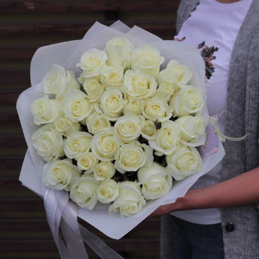 31 роза Мондиаль: букеты цветов на заказ Flowwow