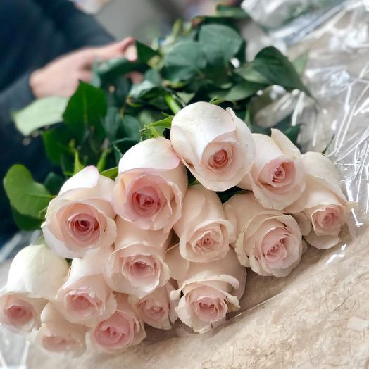 25 роз .Нежно розовая роза 60 см Эквадор: букеты цветов на заказ Flowwow