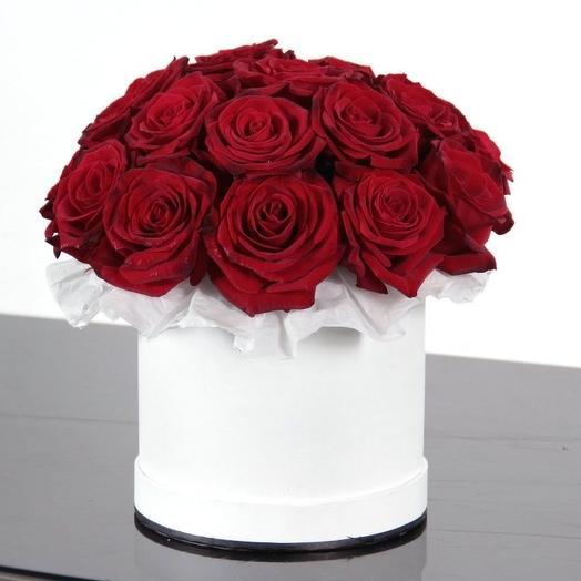 Классический красный: букеты цветов на заказ Flowwow