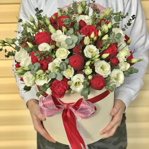 Коробки с цветами. Эустома с пионовидной розой. N576: букеты цветов на заказ Flowwow