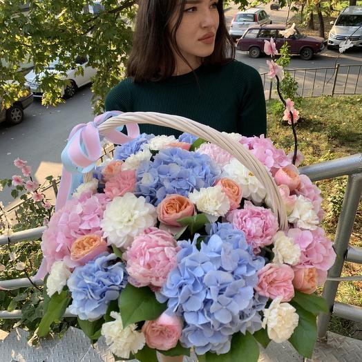 Шикарная корзина: букеты цветов на заказ Flowwow