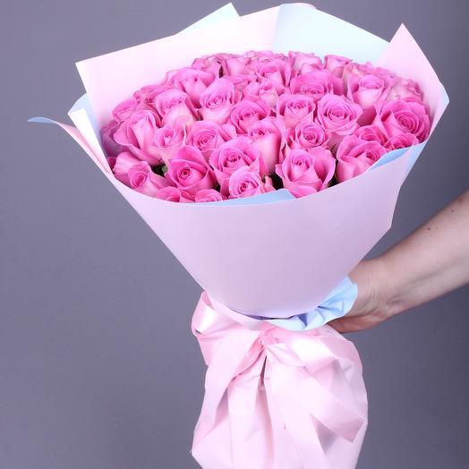 35 роз сорта Аква (ваза в подарок см. условия акции в описании)
