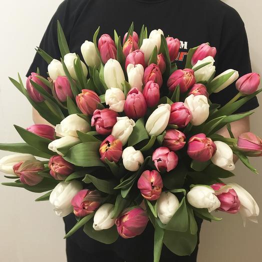 """Букет из 55 тюльпанов """"White and Pink"""""""