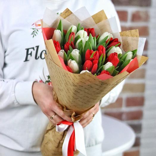 Букет из 25 тюльпанов (микс). N689