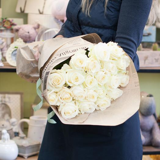 Букет из белых роз (25 роз)